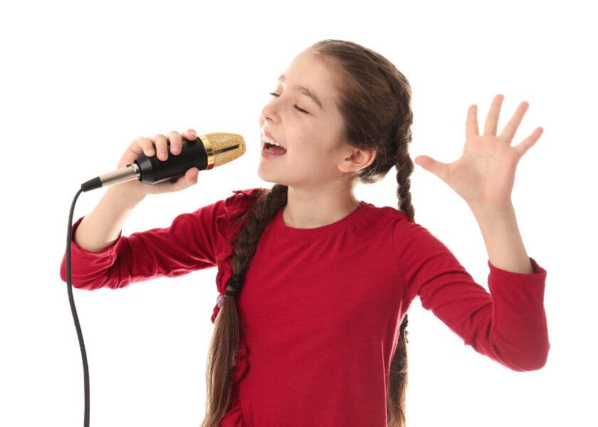 ado chante the voice